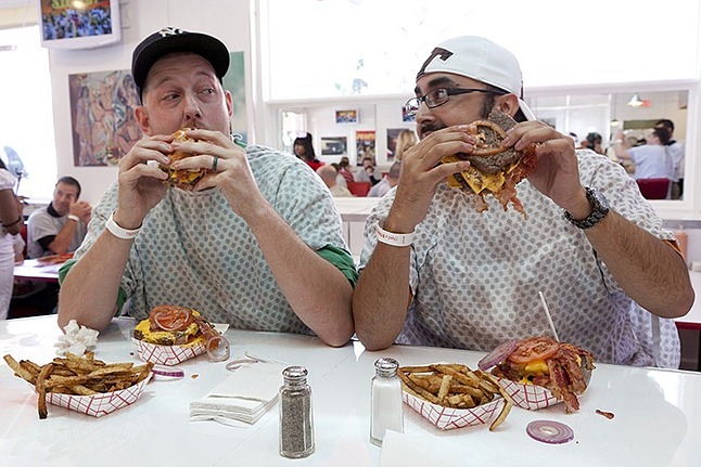 eating-heart-attack-grill